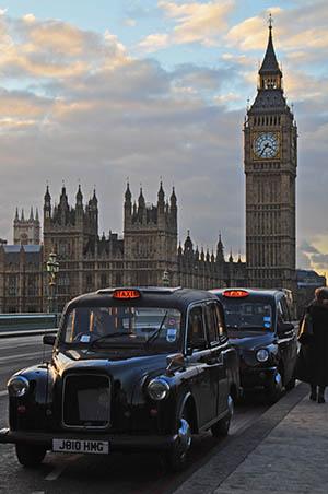 Вы спросите, что такое Лондон.  Вероятно для кого-то это красные двухэтажные автобусы и Биг Бен, старейшая в мире...